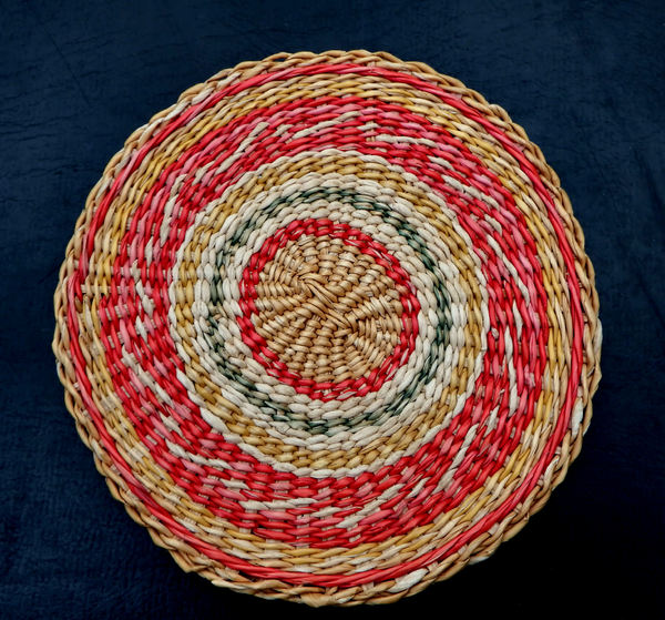 circular woven placemat1: colourful woven canework round table placemat
