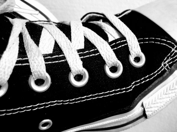Shoelaces: No description