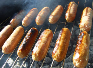 Sizzlers: Sausages on BBQ