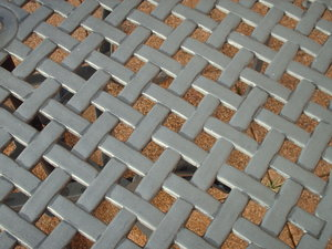 Lattice tabletop: A metal lattice table top
