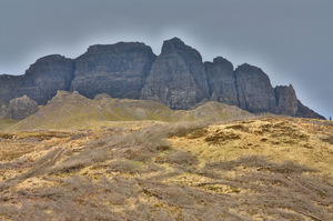 Brooding Storr Cliffs: Dark, brooding cliffs on