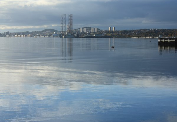 Dundee from Broughty Ferry: View of Dundee from Broughty Ferry