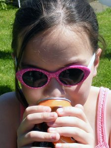 thirsty: Daughter drinking from a can