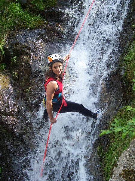 CANYONING: Going down torrents with cordd