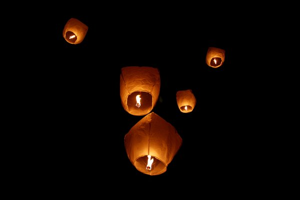 sky lanterns: no description
