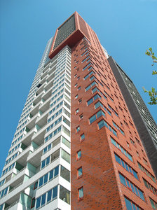 Building in Rotterdam: tall building in rotterdam