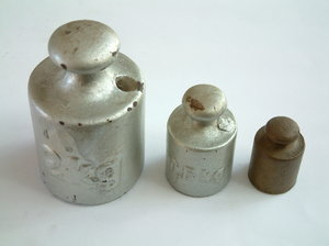 Old Weights: 3 iron weights