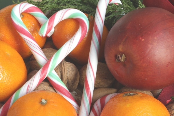 Christmas Sweets: Candys and fruits