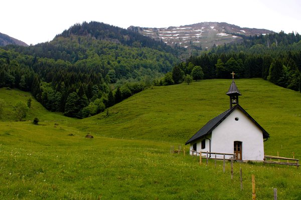 mountain chapel: A chapel in the German mountain