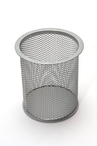 Bin for office 1: criss-cross binnetting