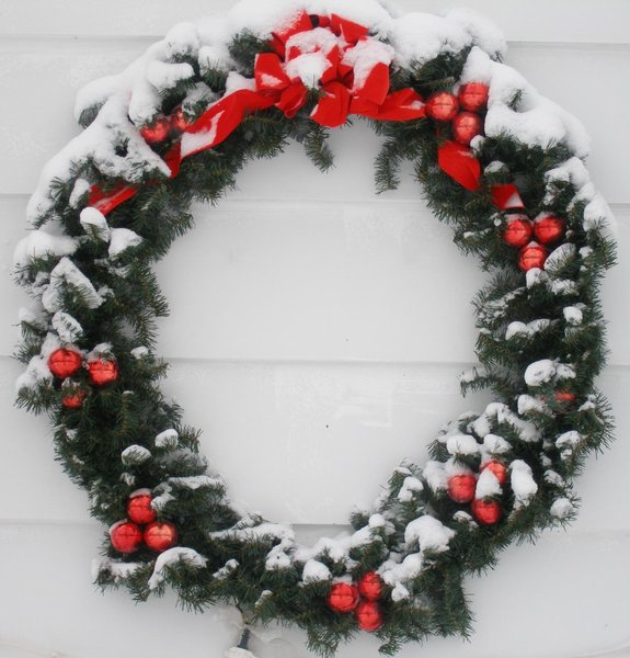 Christmas wreath: please rate my work thanks