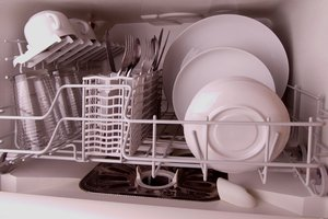 Small Dishwasher: Small dishwasher with cutlery and dishes