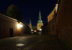 Night Castle: Frederiksborg Slot in Hillerod, Denmark. Used to be The Kings Castle.
