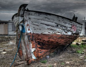 Used boat - HDR: made from 3 pictures +1 level exp.