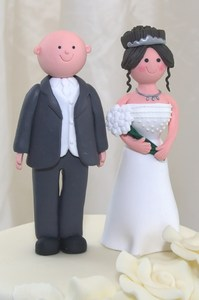Bride and Groom: Bride and groom cake topper