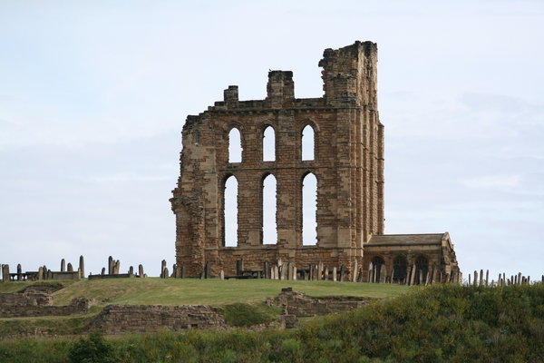 Tynemouth Priory: Old Ruins Of Tynemouth Priory North East England