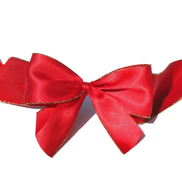 big red bow: none