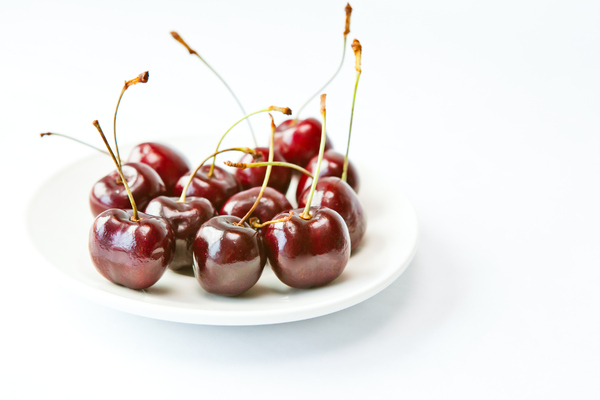 Fresh Cherries 7: Photo of a plate of fresh cherries