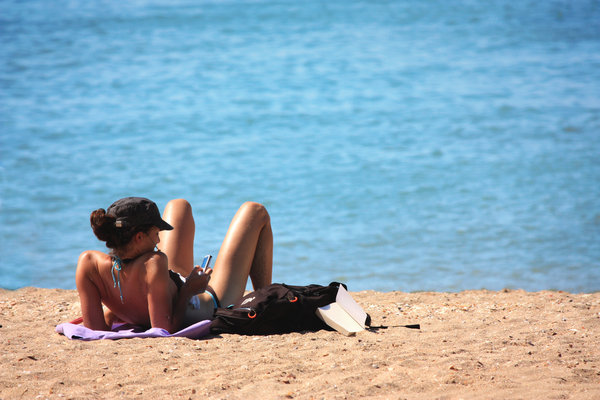 Txt on the beach: Txtng on the beach in summer