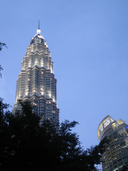 Petronas Tower: Evening walk in Kuala Lumpur. I went to KLCC to take picture of this well-known landmark. Petronas tower also known as twin tower or KLCC