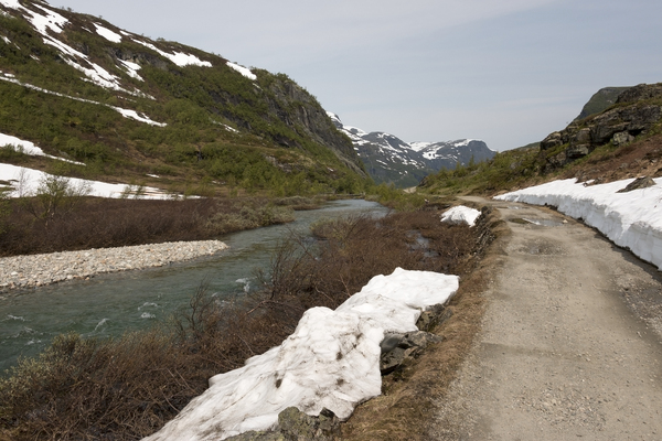 Mountain trail: A mountain trail in Norway.