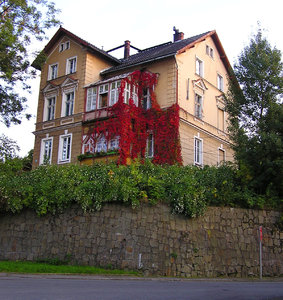 Manor in Ladek Zdroj: A beautiful house.