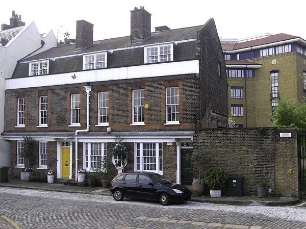 London house: A house in London.