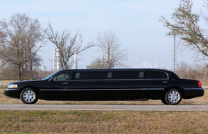Limousine: Limo driving by in Texas.