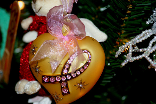 Breast Cancer Ornament: Christmas tree ornament