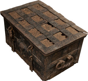 Treasure Chest (Real):
