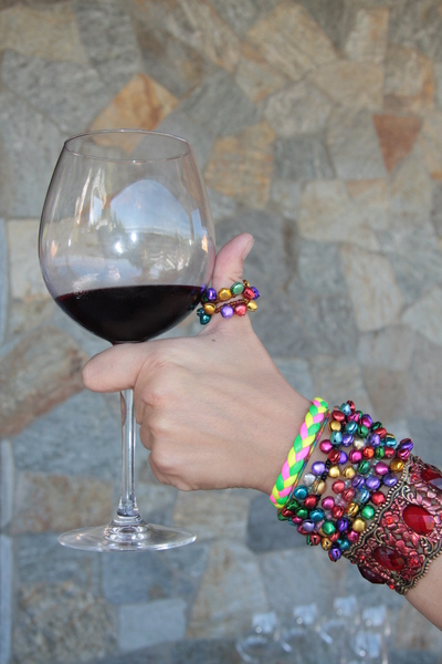 Red wine & adornments: Red wine & adornments