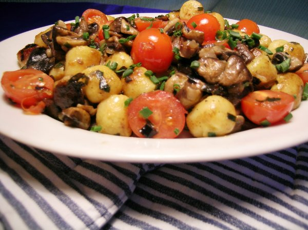Gnocchi 2: My receipe of Gnocchi à la provençale with fresh cherry tomatoes, mushrooms, basil, fried in olive oil