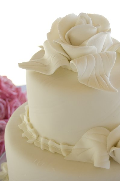 Wedding Cake: Yum.