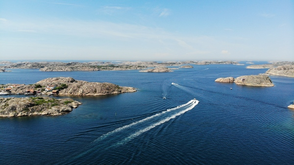 Boating in Sweden: Pleasure craft along Sweden's west coast archipelago; The Bohuslän Coast.