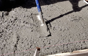 concrete work 4: preparing, laying and levelling concrete foundation