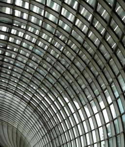 inside the curve2b: curved ceiling wall windows