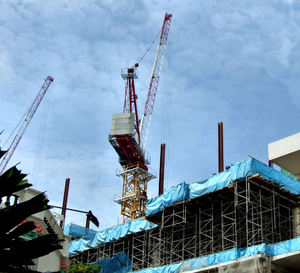 cranes & constructionA1: cranes active on construction sites