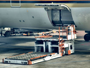 mobile loading platform1: airport tarmac mobile loading platform – preparation for approaching flight