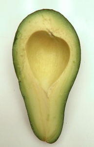 avocada varieties5: ripe Fuerte-variety avocado colours & textures - cross section and seed impression