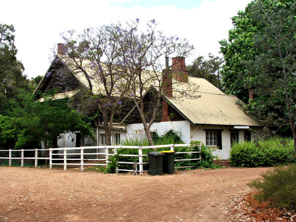 country house: old historic Australian whitewashed country house