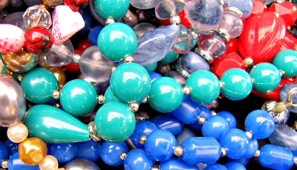 baubles and beads: necklaces - costume jewellery - baubles and beads