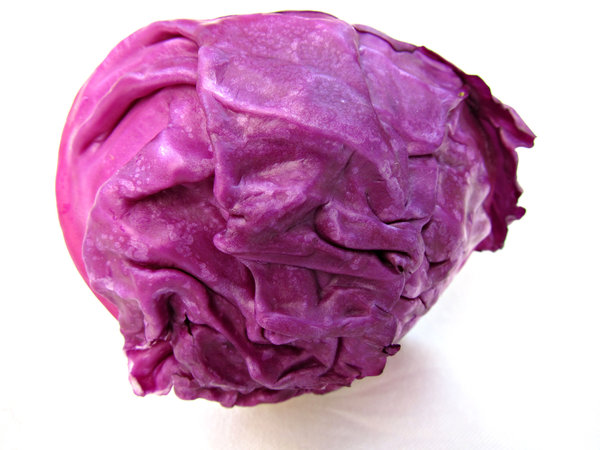 red cabbage: raw red cabbege head