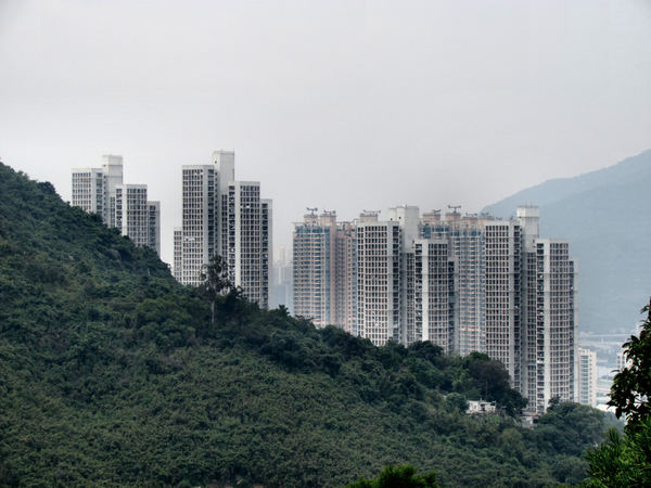 the other side of the hill1: highrise accommodation in Hong Kong