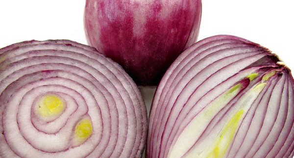 red onions1: shiny, juicy red/Spanish onions