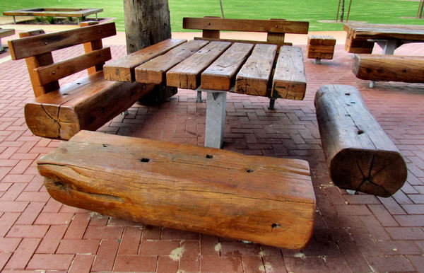 rustic picnic furniture2: rustic wooden outdoor picnic furniture