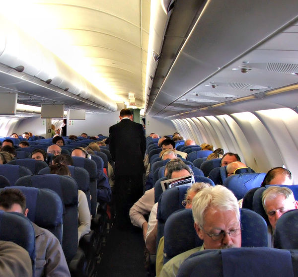up in the air1b: passengers on international flight