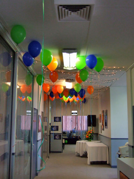 office party prep1: decorations and preparation for office party