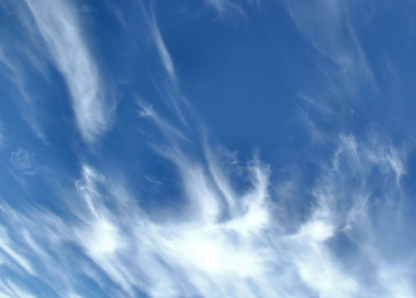 sky streaks3: mixed cloud formations