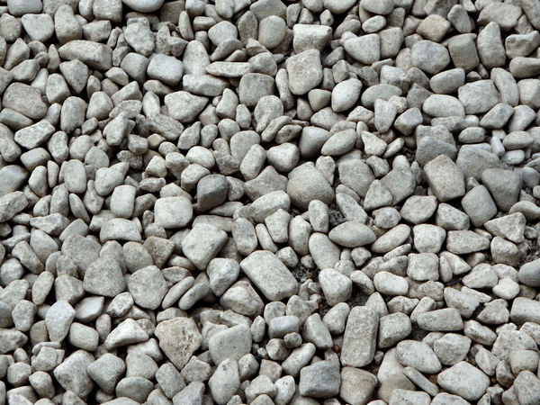 grey garden pebbles1: smooth grey garden rocks & pebbles