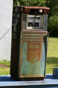 old gas pump 3: old gas pump